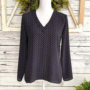 Ann Taylor Factory Black Long Sleeve V-nec…